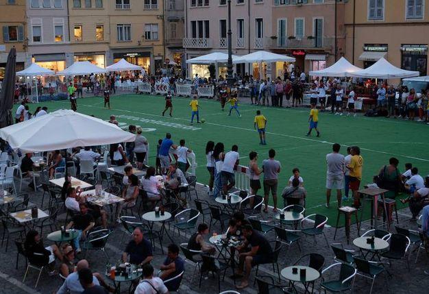 Fano, piazza XX settemrbe: la presentazione dell'Alma (Fotoprint)