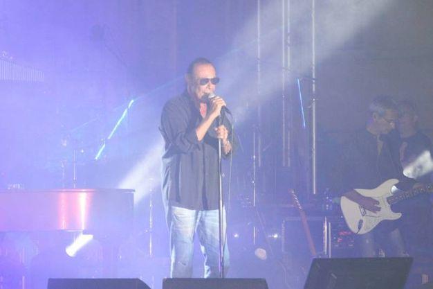 Il concerto di Venditti in piazza (foto Labolognese)