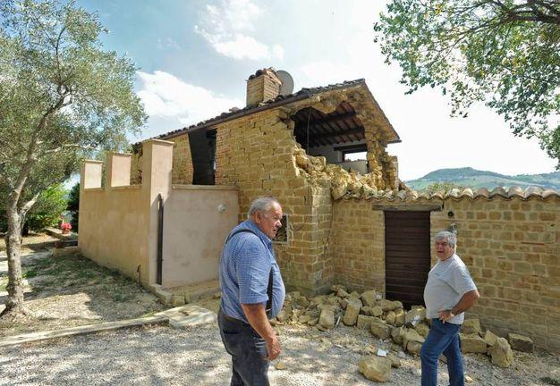 Terremoto sfollati a sarnano resta senza casa a 79 anni cronaca - Casa senza fondamenta terremoto ...