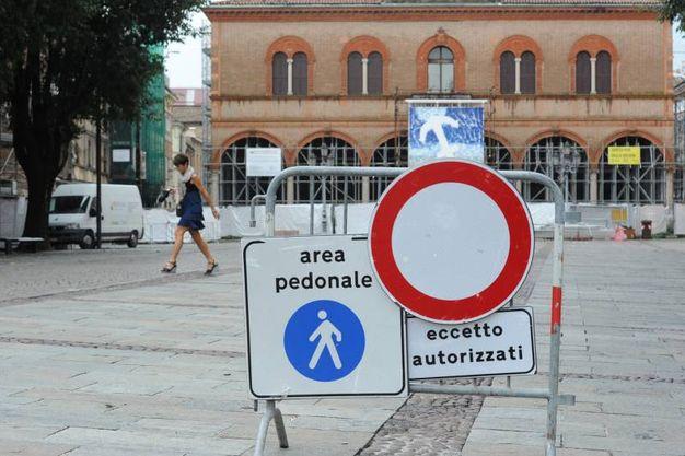 Terremoto, 4 anni dopo: Mirandola, piazza Costituente (Foto Fiocchi)