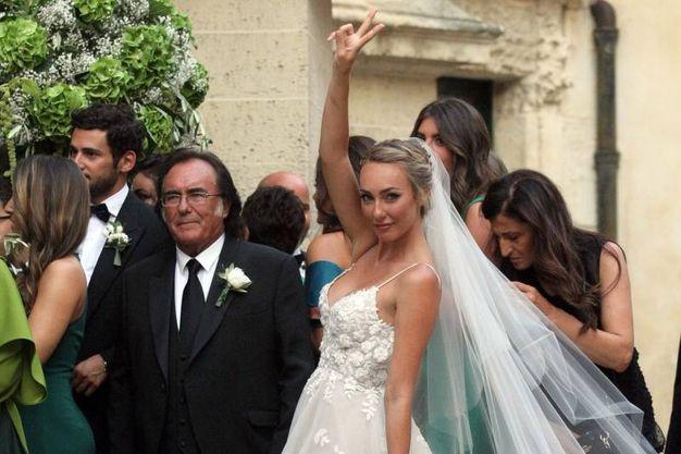 Foto Matrimonio Uomo : Matrimonio cristel carrisi al bano e romina cantano