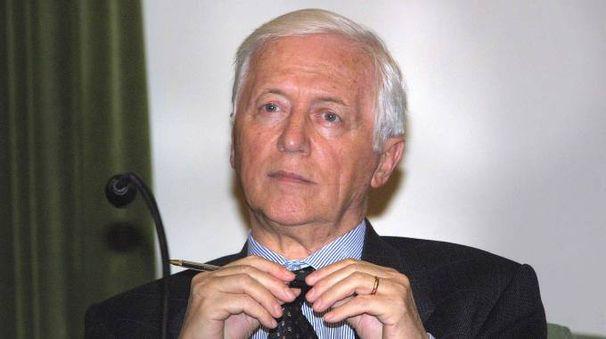 Ennio Di Nolfo in un'immagine d'archivio (New Press Photo)