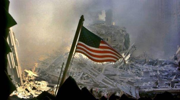 11 settembre 2001 dopo l'attentato alle Torri Gemelle (Ansa)