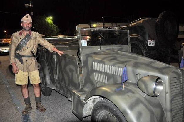 Mezzi bellici e figuranti in divisa militare storica (Foto Concolino)