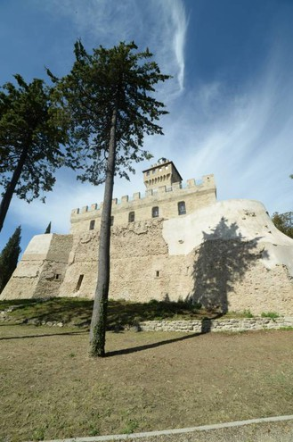 Rocca delle Caminate restaurata (Foto Frasca/Fantini)