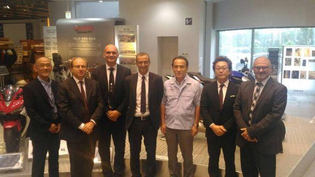 Ricci con il presidente della Yamaha Motor Yanagi