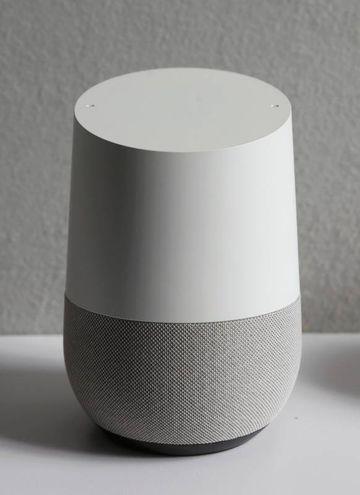 Google Home Speaker, l'assistente vocale per la casa (LaPresse)