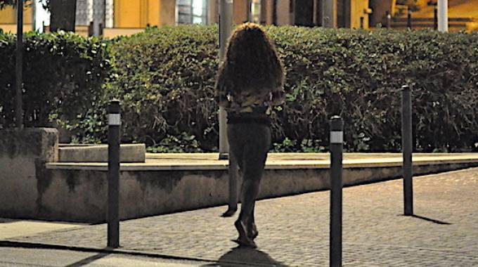 Una prostituta (foto di repertorio)