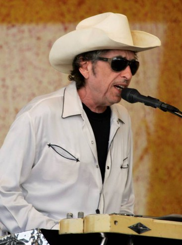 Bob Dylan al New Orleans Jazz and Heritage Festival nel 2008 (LaPresse)