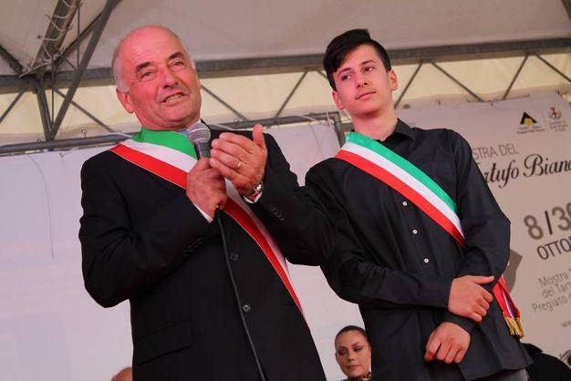 Sant'Angelo in Vado (PU), il sindaco Luzi con il campione italiano di Enduro Andrea Paoloni