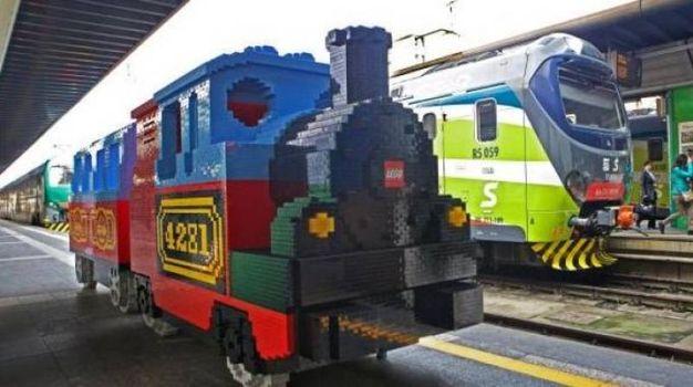 6 - Alla Stazione Nord un treno speciale