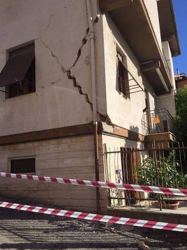 Terremoto 30 ottobre, dannia Folignano  (Foto Porfiri)