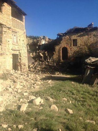 Terremoto 30 ottobre, crolli a Force (Foto Porfiri)