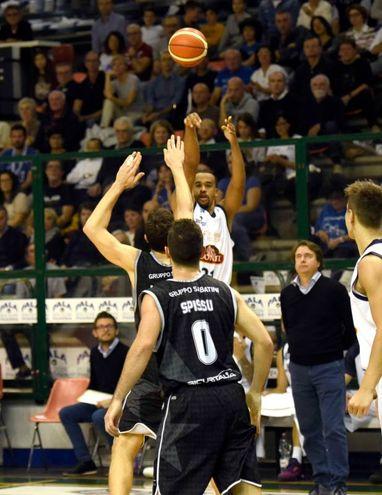 Bondi-Segafredo, Bowers al tiro (foto BusinessPress)