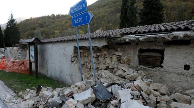 Terremoto, forte scossa il primo novembre poco prima delle 9 (foto Calavita)