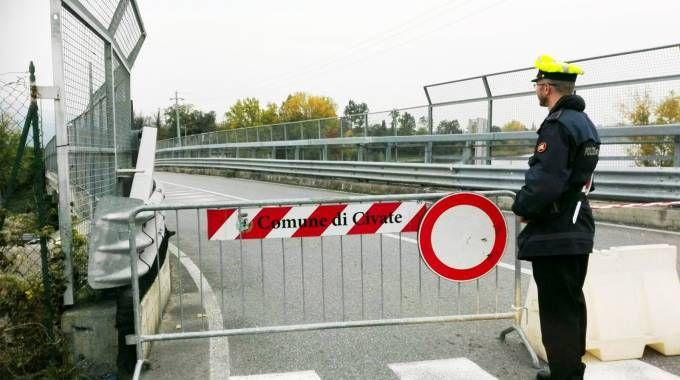 Il ponte presidiato