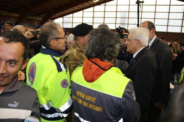 Il Presidente Sergio Mattarella visita gli sfollati a Camerino (foto Conforti)