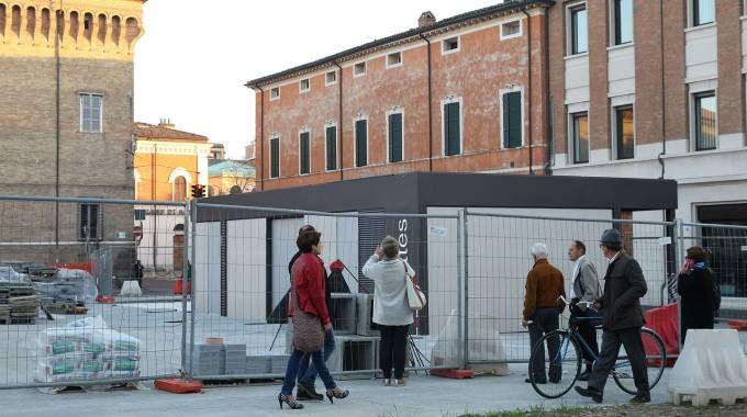 Le nuove toilette in piazza Kennedy (foto Zani)