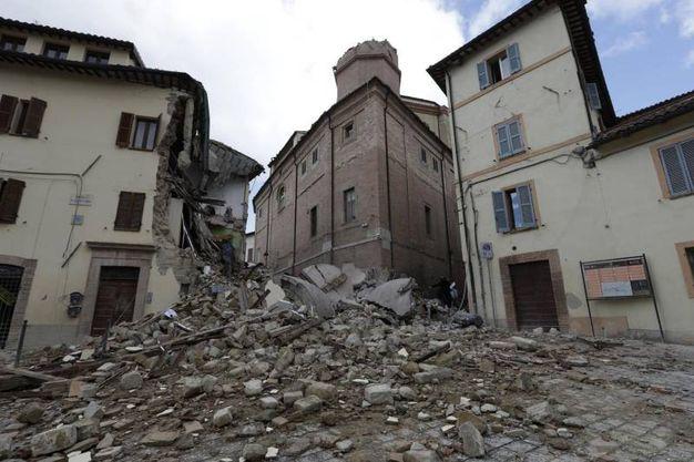 Via Santa Maria a Camerino, dopo la forte scossa di domenica