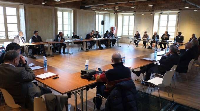 Una riunione del consiglio della Camera di commercio di Monza e Brianza