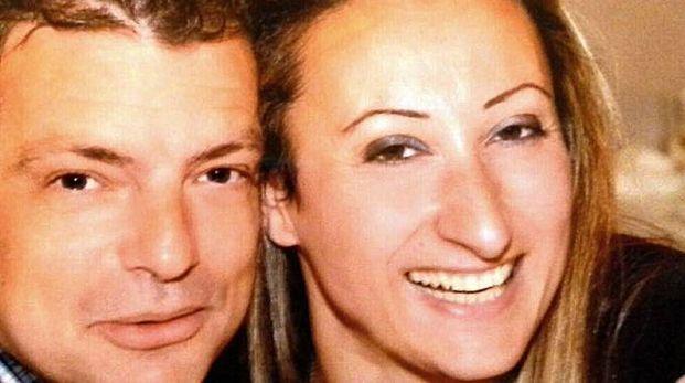 Raffaella  con il marito all'epoca della loro storia