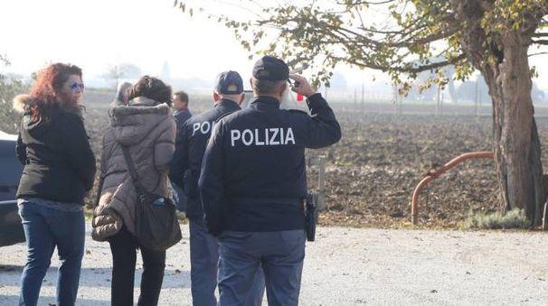 Il sopralluogo della polizia a Capannaguzzo (Ravaglia)