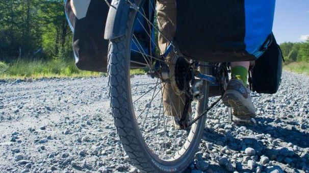 Kate Rawles pronta ad attraversare il Sud America in bici - (Foto: Olycom)
