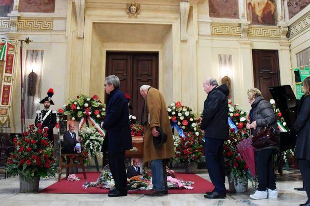 L'omaggio a Umberto Veronesi (La Presse)
