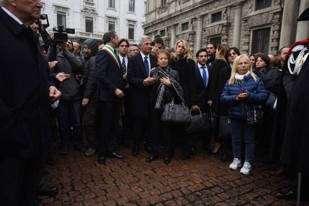 La fine della cerimonia laica (La Presse)