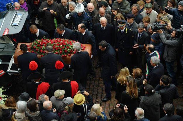 L'addio a Umberto Veronesi (La Presse)