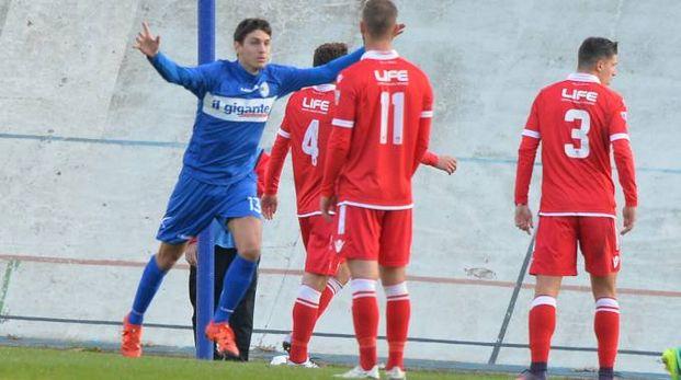 L'esultanza di Scapuzzi dopo il gol