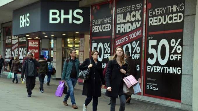 Black Friday, corsa allo shopping (Olycom)