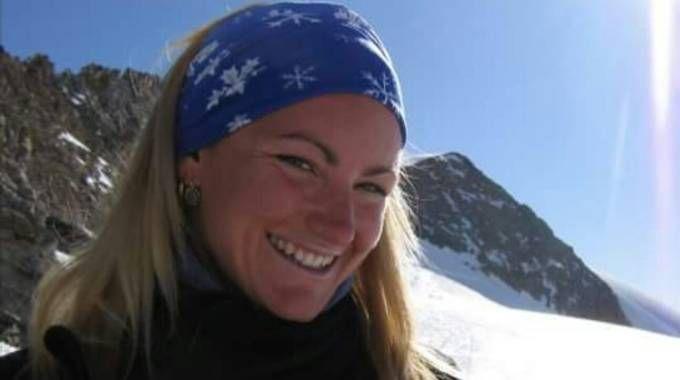 Precipita con l'elicottero, morta Stefania Fendoni