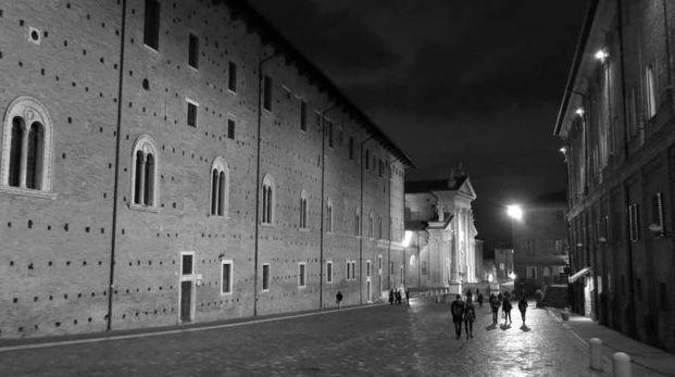 """""""Urbinoir"""", la città cambia volto (letterario)"""