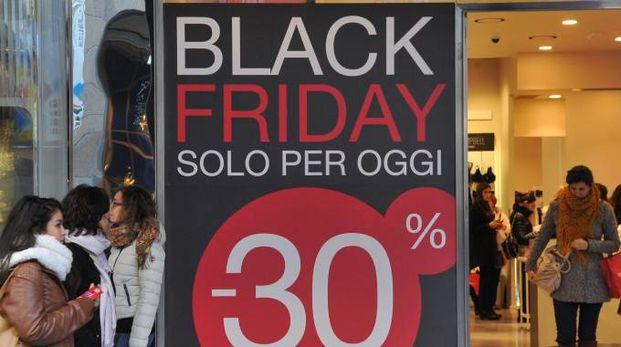 Black Friday, il 25 novembre caccia al grande affare (Newpress)
