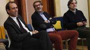 Da sinistra, il direttore di Qn-il Resto del Carlino Andrea Cangini, il collezionista Stefano Pesce e Claudio Mazzanti di Loop srl (foto Schicchi)
