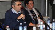Dopo essersi seduto alla destra del capogruppo di CambieRà Michela Guerra, il sindaco prende la parola (Foto Zani)