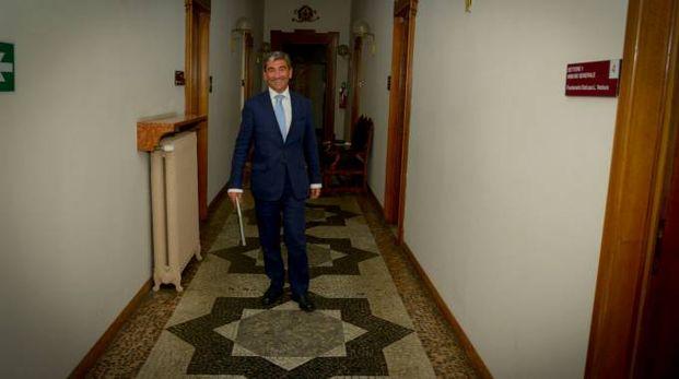 Il commissario prefettizio Mariano Savastano, 52 anni, si è insediato a Palazzo Broletto da agosto (Cavalleri)