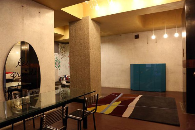 Gli spazi rinnovati nel temporay store allestito all'interno del negozio 'Dino Gavina' (Fotoschicchi)