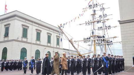 Accademia navale: il giuramento degli allievi. Presente la ministra Pinotti