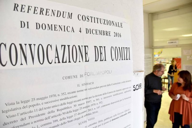 Referendum costituzionale, si vota per la riforma Renzi-Boschi (foto Fantini)