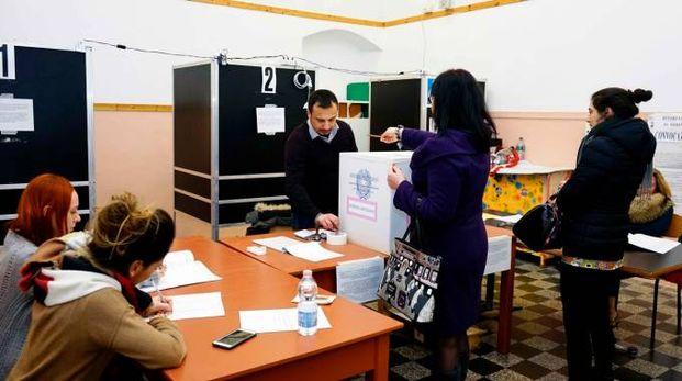 La Spezia, seggio per il referendum (foto Frascatore)