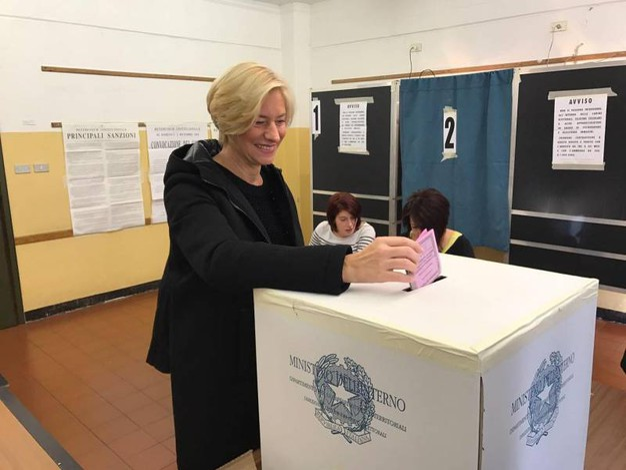 La ministro della Difesa Roberta Pinotti (Ansa)