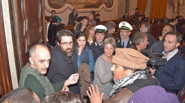 Tensione in Consiglio comunale a Pavia
