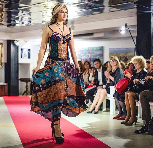 Sfilata Italia-Uzbekistan: le creazioni di Silvia Monticelli