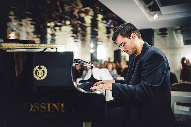 Italia-Uzbekistan: il pianista Michele Castaldo