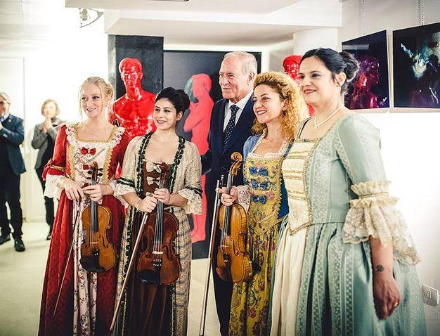 Italia-Uzbekistan: Le dame del regno di Caserta