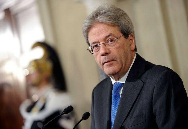 Paolo Gentiloni ha accettato l'incarico di Mattarella di formare un nuovo governo (Lapresse)
