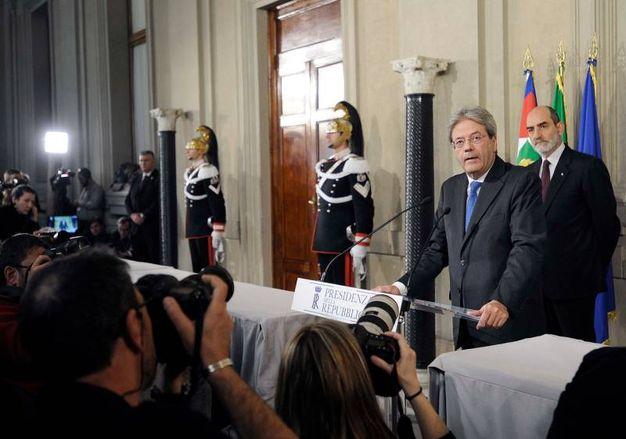 Paolo Gentiloni, l'annuncio al Quirinale (Lapresse)