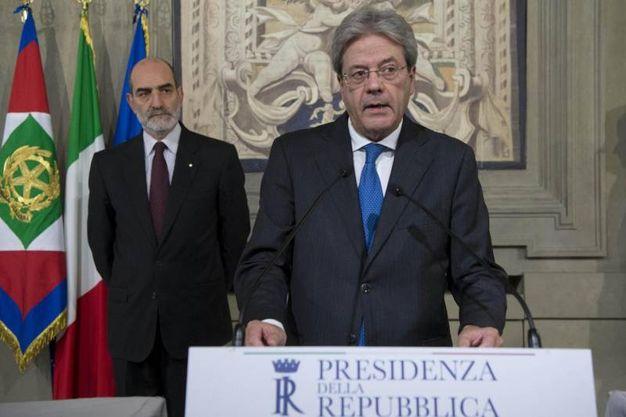Paolo Gentiloni, premier incaricato, al Quirinale (Lapresse)
